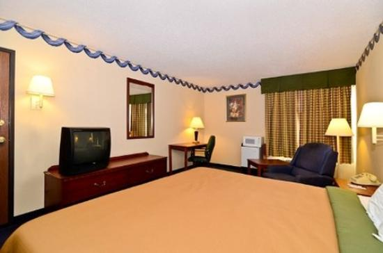 Quality Inn : King Bed
