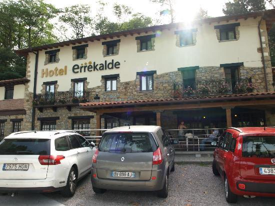 Hotel Errekalde : Fachada