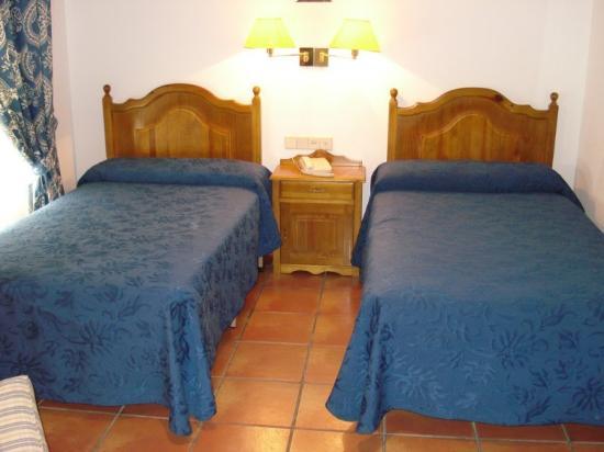 Hospederia El Convento: Guest Room