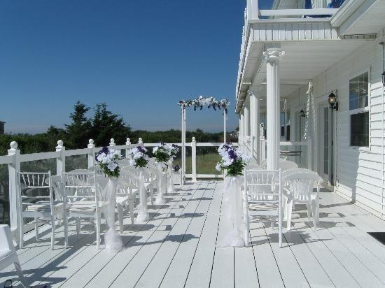 Judith Ann Inn: Outside Wedding Area