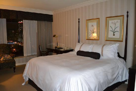 Sutton Place Hotel Vancouver: Room 1502
