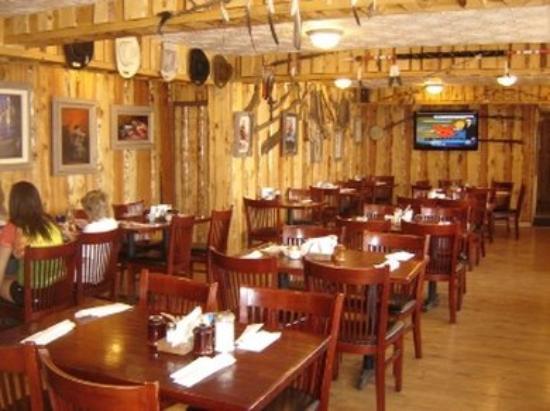 Frontier Lodge : Diningroom