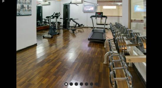 Boudl Al-Masif: Gym