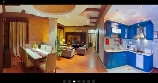 Boudl Al-Masif: Guest Room Kitchen
