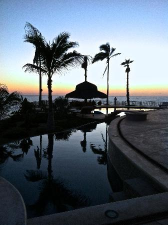 Hacienda Cerritos Boutique Hotel : Pool view - great whale-watching!