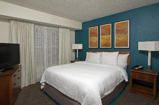 Residence Inn Indianapolis Northwest: Newly Renovated King Guest Room