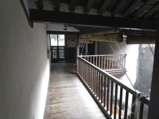 No 8 Heeren Street Heritage Centre: On the balcony