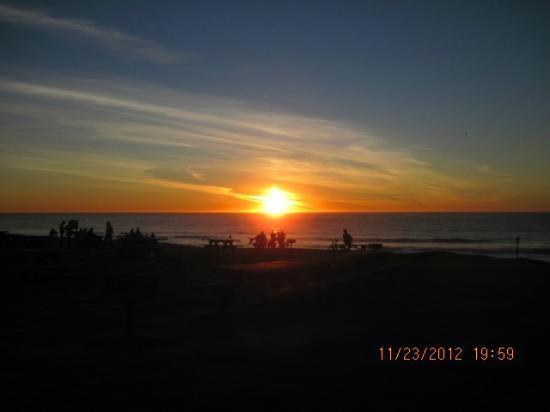 Half Moon Bay State Beach: sunset
