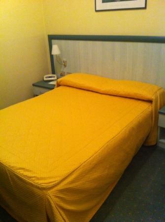 Hotel Europa: camera matrimoniale