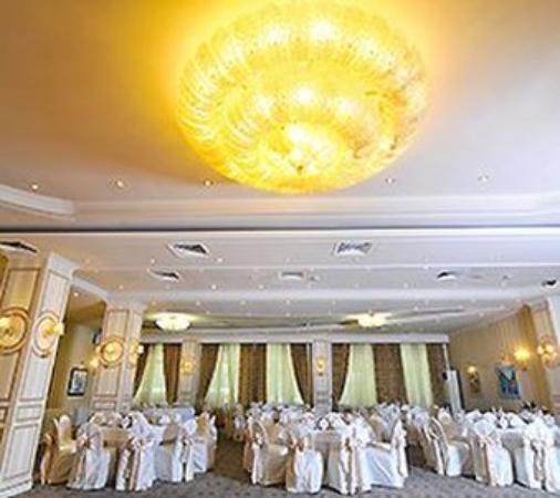 Grand Hotel Tien-Shan: Restaurant
