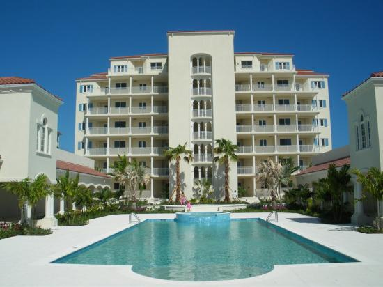 The Venetian on Grace Bay : Courtyard