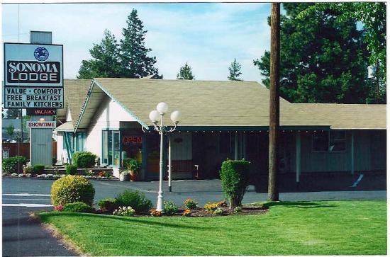 Sonoma Lodge : Exterior