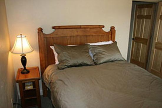 Centennial Suites: Extended Stay Lodge