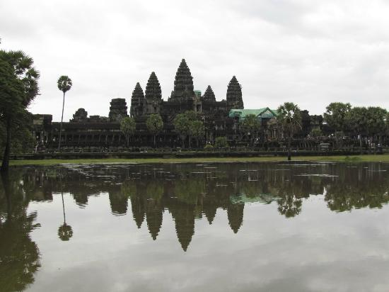 Angkor Wat: Across the water
