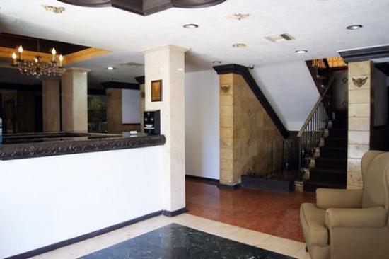 Hotel Torreon: Lobby