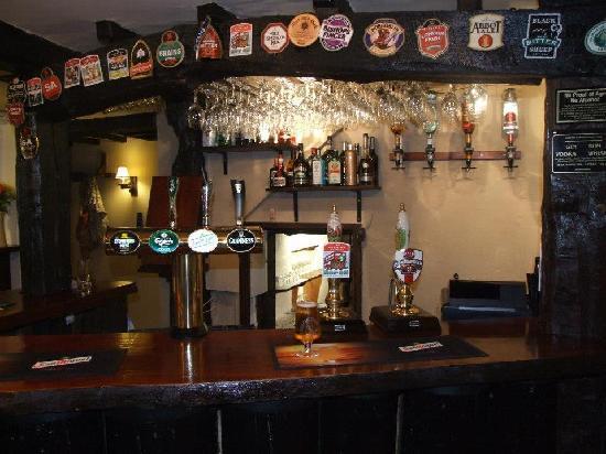 The Old Barn Inn: The Bar
