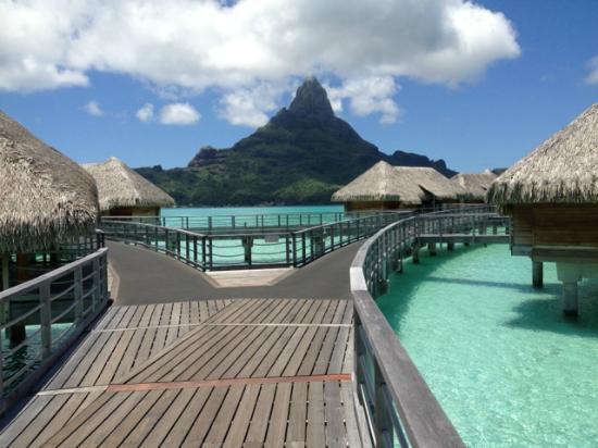 InterContinental Bora Bora Resort & Thalasso Spa: views 