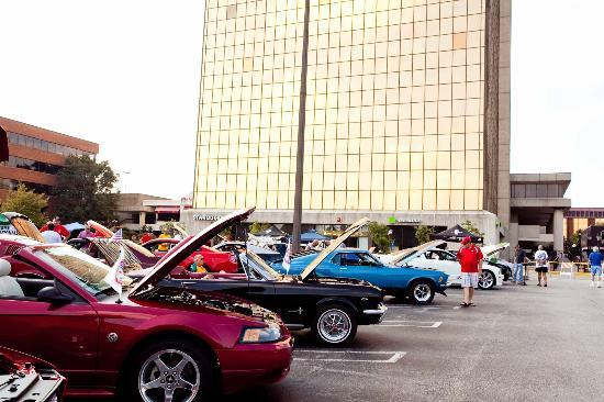 Wheels In Motion Classic Car Show Picture Of Westport Plaza