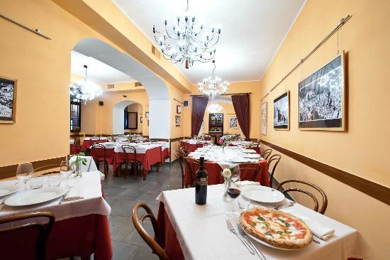 Sala Umberto - giusvacennamo.com