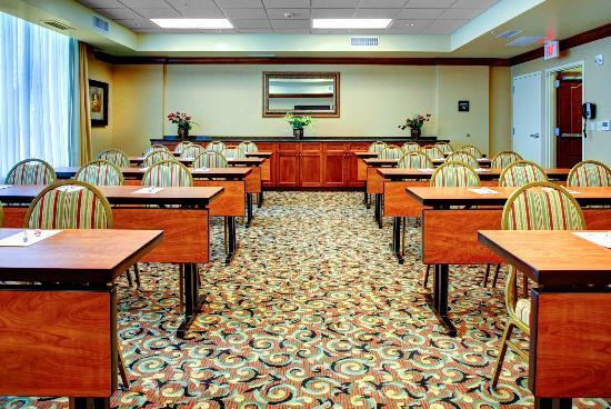 Hampton Inn & Suites Greenville - Downtown - Riverplace: Classroom Meeting Style