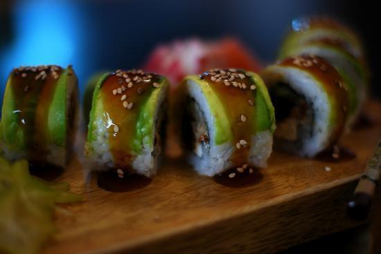 Kabuki Sushi Bar: Caterpillar