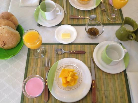 Casa Verde B&B: great breakfast