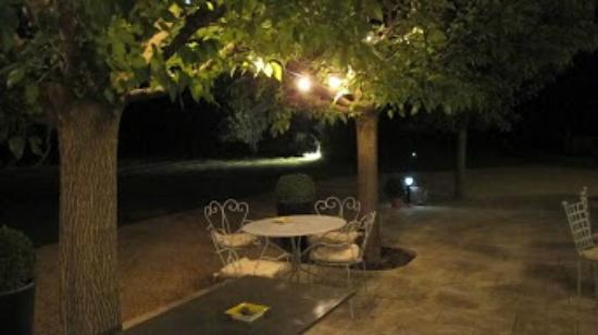 La Bastide Rose : A balmy evening before dinner....nice place for an aperitif!