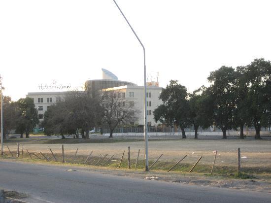 Holiday Inn Cordoba: Edificio
