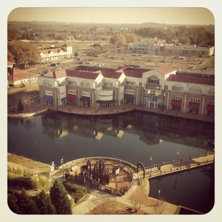 Hilton Charlotte University Place : Executive lounge view