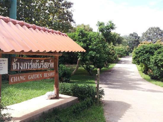 Chang Garden Resort - Family Holiday Park: Entrance