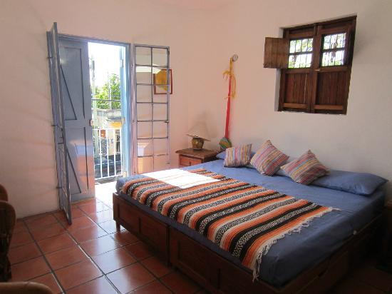 Tamarindo Bed and Breakfast: Ocaso room
