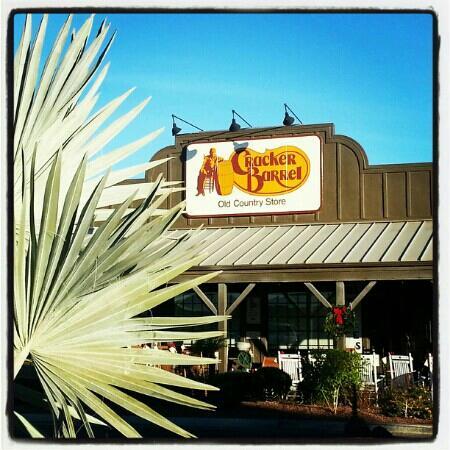 Sunny November day at Cracker Barrel