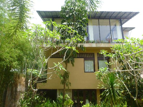 Villa Areklo: 3 storey family villa (avoid this)