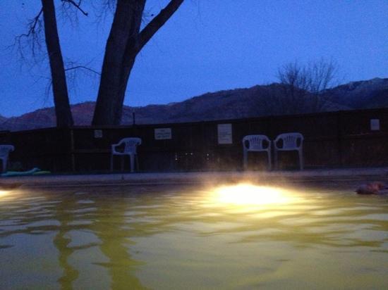 Trimble Hot Springs: dusk