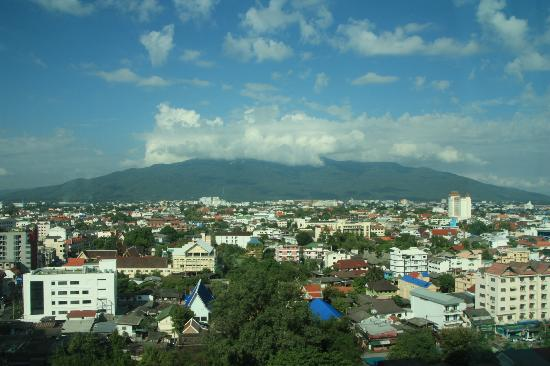 Le Meridien Chiang Mai: Better view from room