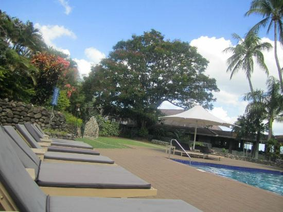 Novotel Nadi: Near the pool