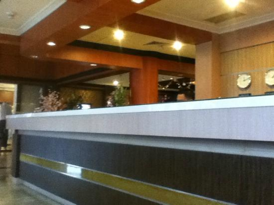 Formosa Hotel: Reception desk
