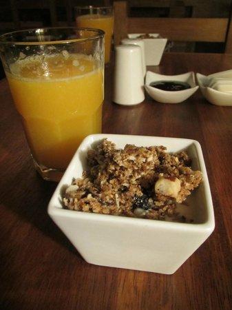 Rupa Wasi Lodge: breakfast at tree house