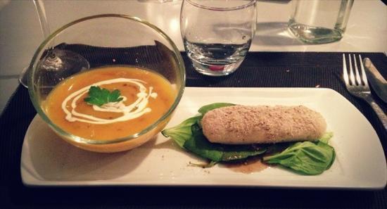 Le SEn'S : starter:soupe de potimarron et quenelle