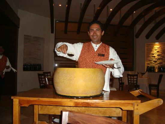 Sunscape Dorado Pacifico Ixtapa: DeMario Restaurant -- Serving freshly grated parmesan cheese