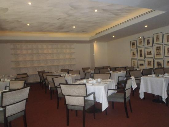 Cinnamon Grand Colombo: Restaurant (breakfast)