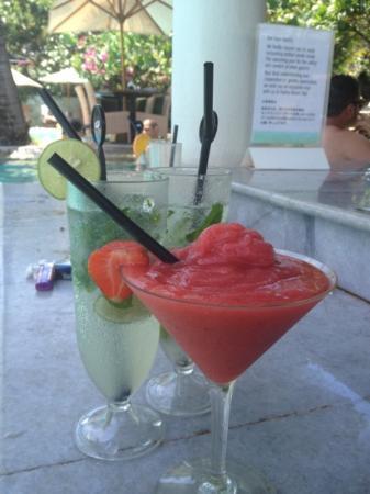 Padma Resort Legian : ハッピーアワーで飲んだフローズンダイキリ&モヒート☆