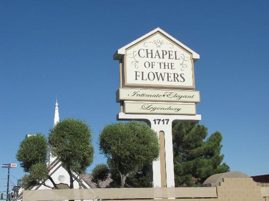 On The Chapel Grounds Picture Of Chapel Of The Flowers Las Vegas Tripadvisor