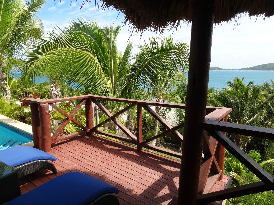 Wananavu Beach Resort: Honeymoon Bure 23