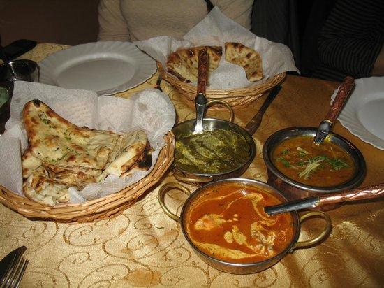 Haveli: Palak Paneer, Dahl and Butter Chicken.