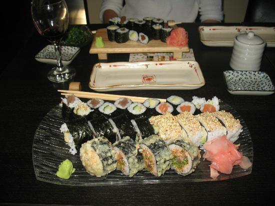 Zen Sushi Victoriei: Zen's fab Maki Platter for Two.