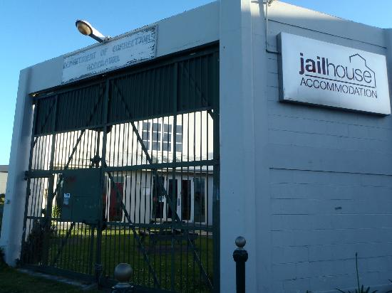 Jailhouse Accommodation: outside