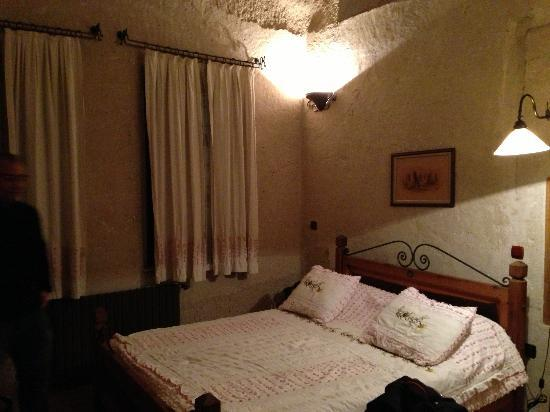 Kelebek Special Cave Hotel: Our lovely room