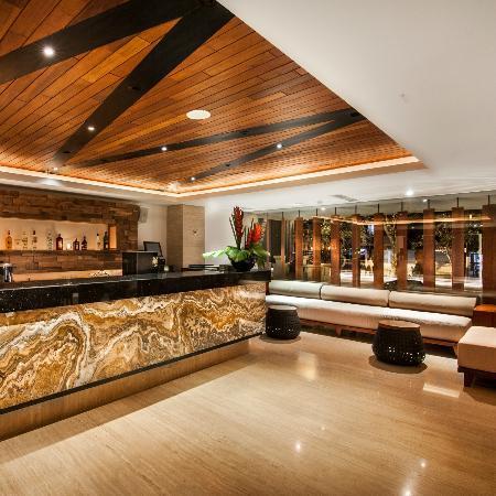 The Magani Hotel and Spa: Lobby Bar