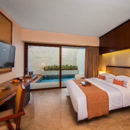 The Magani Hotel and Spa: Premier Pool Room